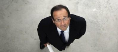 Petit indigne que François Hollande. François Hollande, tu es un minable.